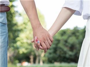 相识一年,记录一下这段看不到未来的婚姻