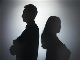 异地夫妻,老公精神出轨未婚女同事几个月